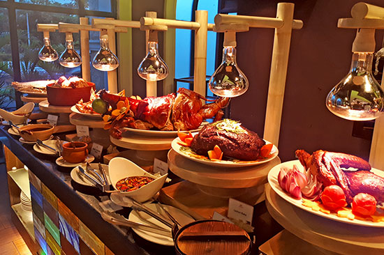 Cafe Uno's Lechon Station by Chef Lau