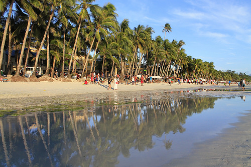 The famous white beach of Boracay