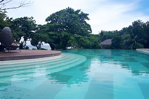 The infinity pool adjacent to Saffron
