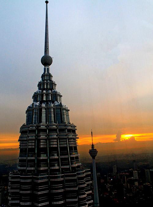 Petronas Twin Towers sunset
