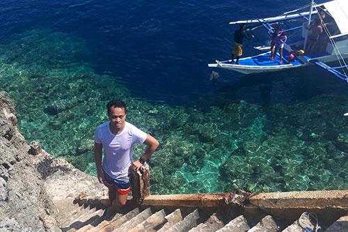 Ian Limpangog at Pescador Island