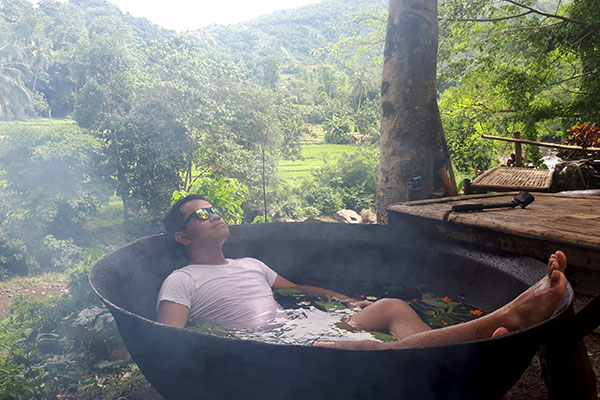 Kawa Hot Bath at Kayak Inn Tibiao Antique