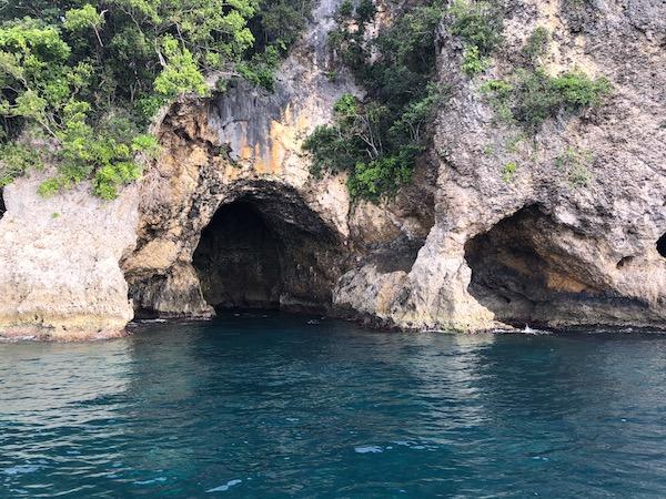 Calintaan Cave