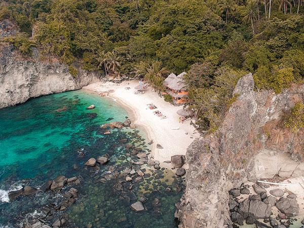 Apo Island Dive Resort