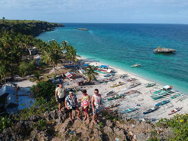Hagdanan in Kinatarcan Island