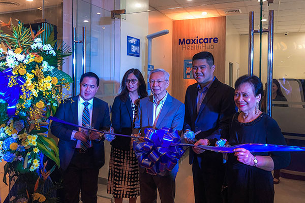 Ribbon cutting ceremony for the opening of Maxicare's Health Hub at Robinsons Galleria Cebu lead by Equicom Group Chairman, Mr. Antonio L. Go (center) and Maxicare CEO, Christian S. Argos (second from the right)