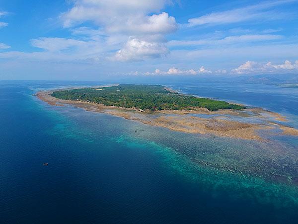 Sipaway Island drone shot