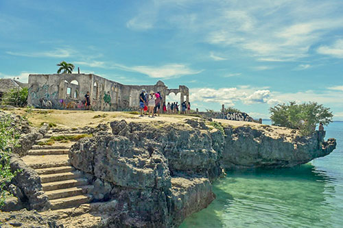 Bantayan Ruins and Da Cliff