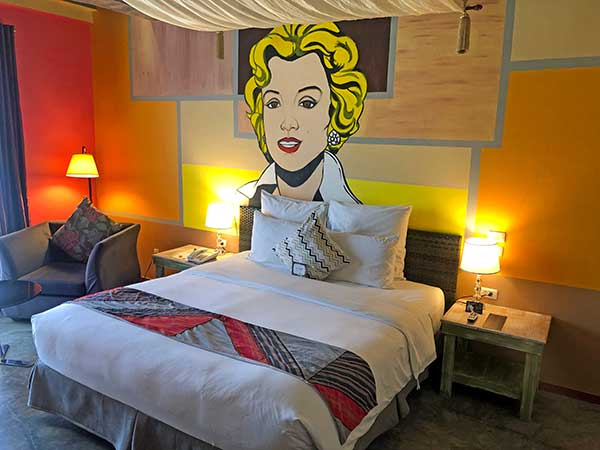 The big room with Marilyn Monroe graffiti at The Henry Hotel Cebu