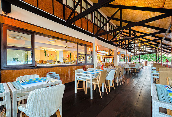 Fire fish restaurant, Club Paradise Palawan