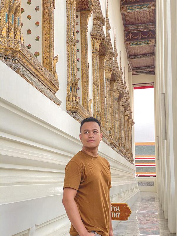 Ian Limpangog at Wat Pho (temple of reclining Buddha), Bangkok, Thailand