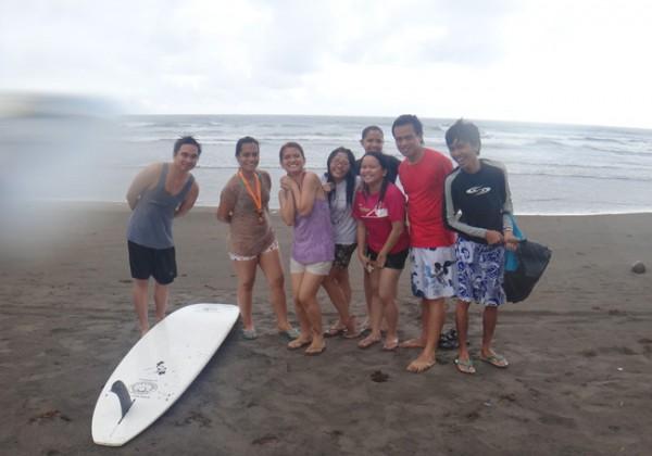 Bagasbas surfing lesson