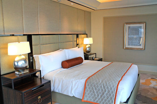 sky tower grand suite bed