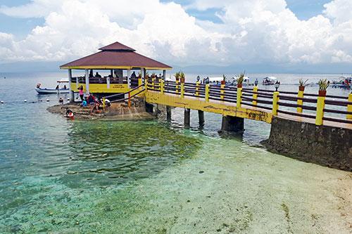 Water gazebo of Cabana Beach Club Resort