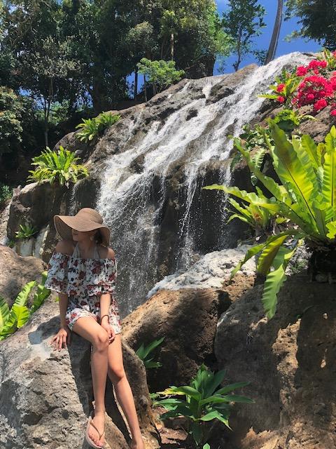 Best Packing Tips for Spring Travel - Lyssa Amor Diaz
